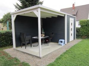 Gartenhaus carport terassen